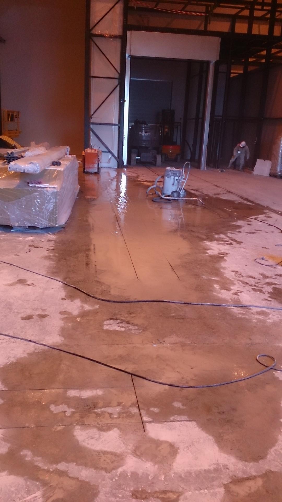 Ouverture et fermeture de voile béton et protection cablage et flexibleOuverture et fermeture de voile béton et protection cablage et flexible007