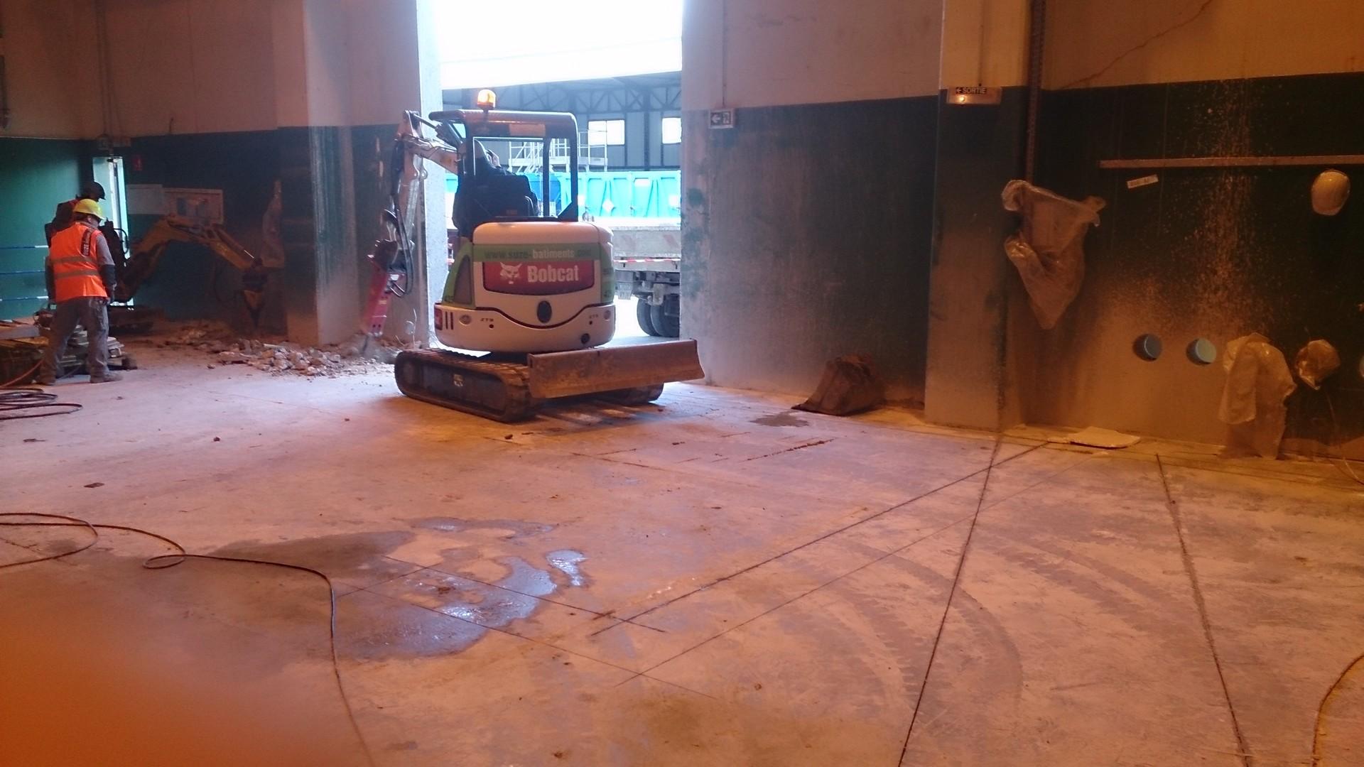 Ouverture et fermeture de voile béton et protection cablage et flexibleOuverture et fermeture de voile béton et protection cablage et flexible009