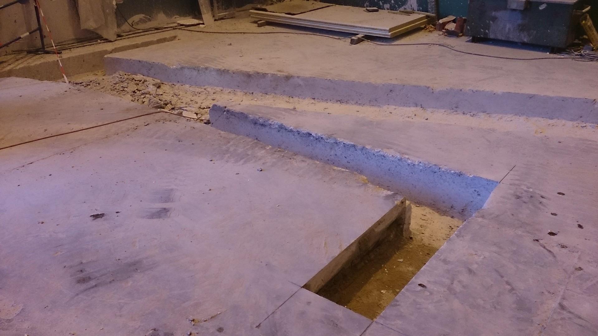Ouverture et fermeture de voile béton et protection cablage et flexibleOuverture et fermeture de voile béton et protection cablage et flexible012