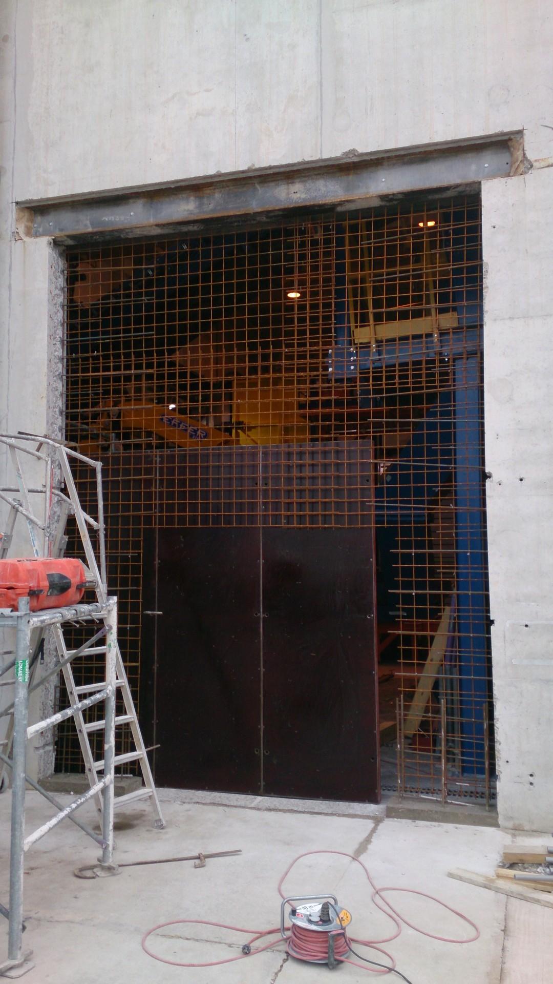 Ouverture et fermeture de voile béton et protection cablage et flexibleOuverture et fermeture de voile béton et protection cablage et flexible014