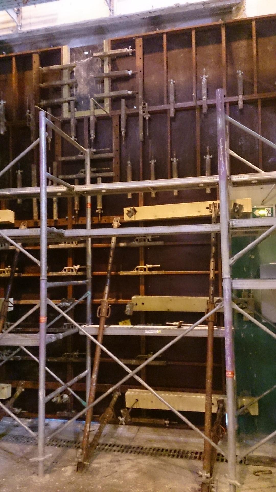 Ouverture et fermeture de voile béton et protection cablage et flexibleOuverture et fermeture de voile béton et protection cablage et flexible015