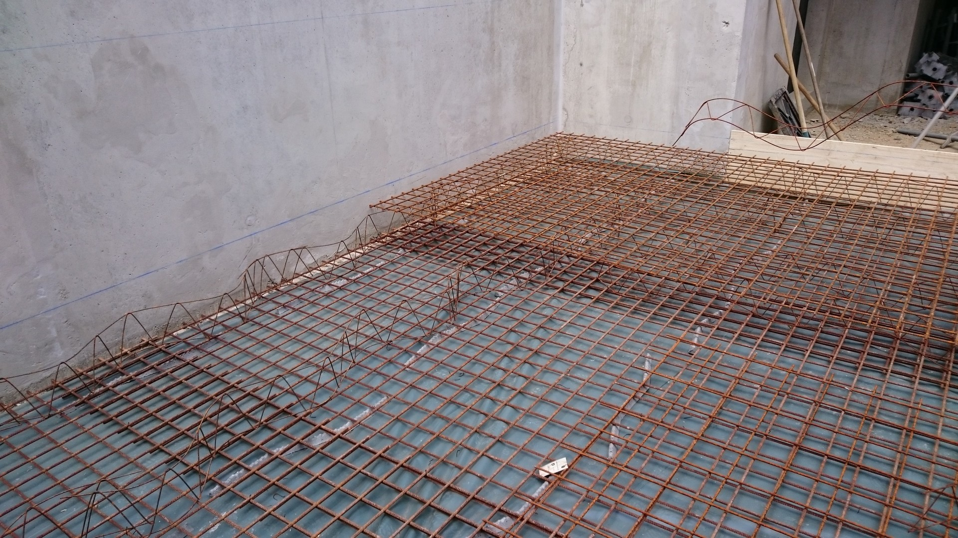 Restructuration de la cave la Suzienne 009